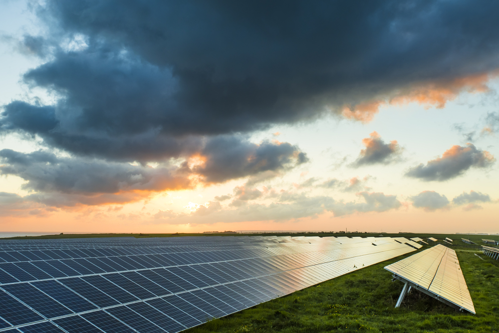 Uncovering the Truth: 8 Solar Energy Myths, Debunked